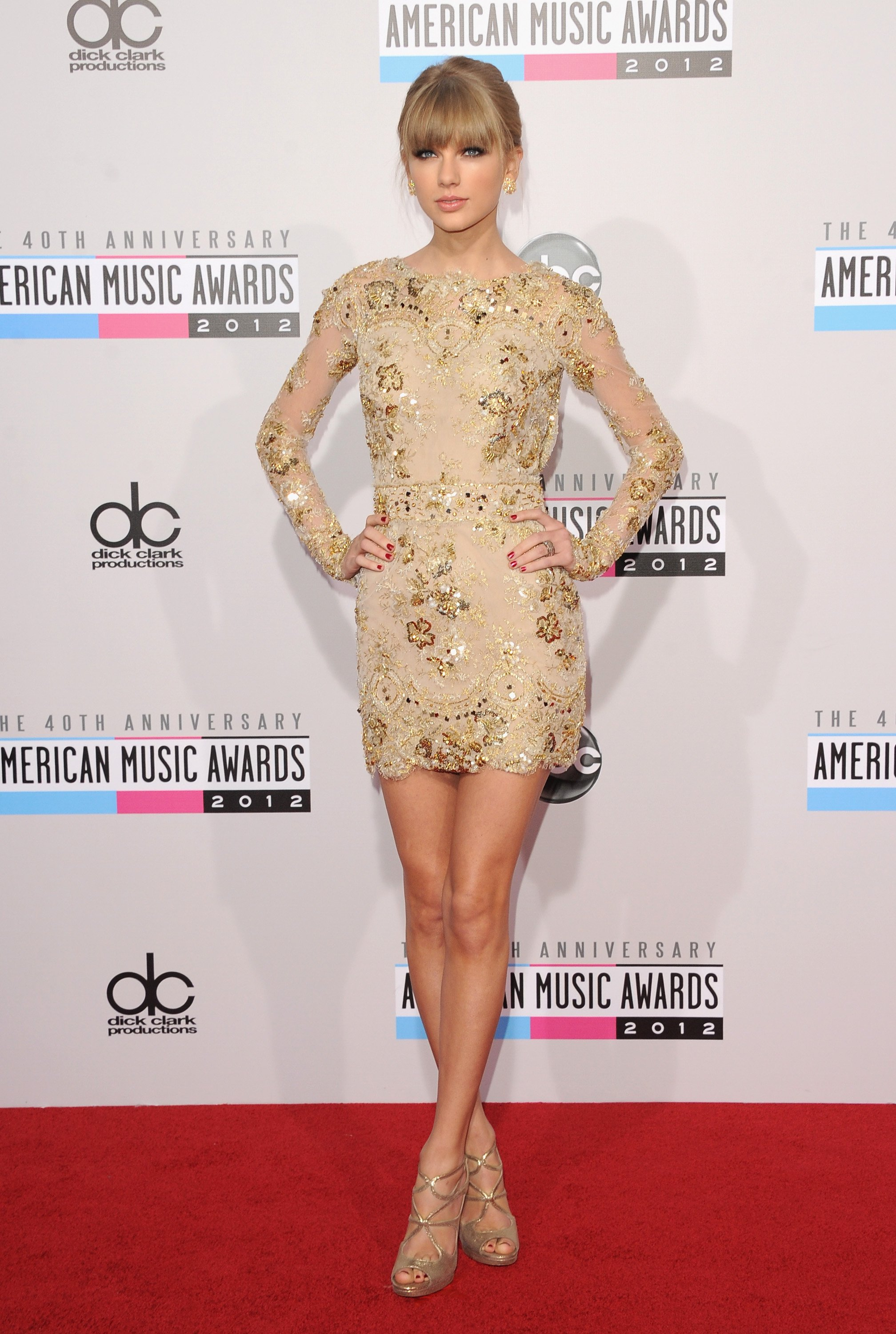 Taylor-Swift-American-Music-Awards-2012-5